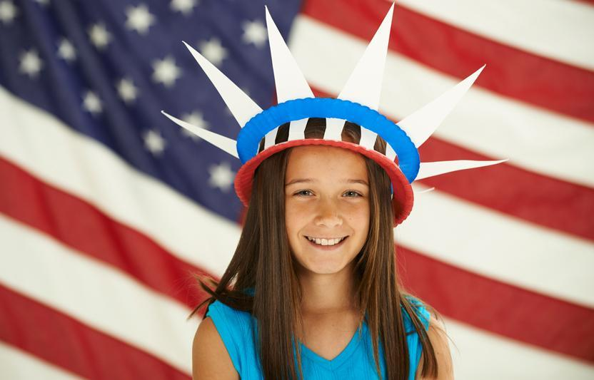 Let your kids learn a little history as they use their crafting skills to make a glowing paper-plate holiday headdress.