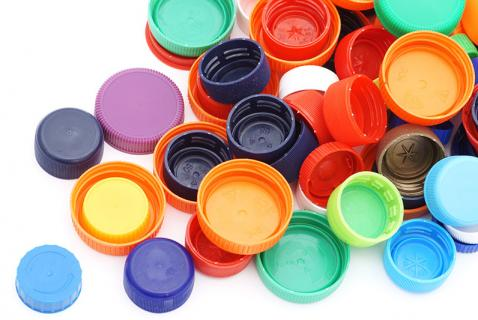 3 Fun Crafts to Make with Bottle Caps
