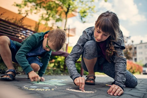5 Cool Activities for Parents and Kids in April